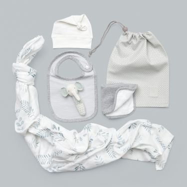 Unique Newborn Baby Gift Hamper